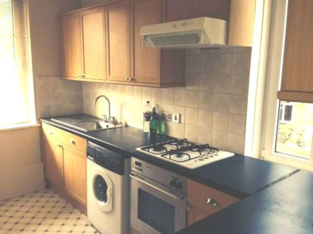 Property To Rent In London L2L78-267
