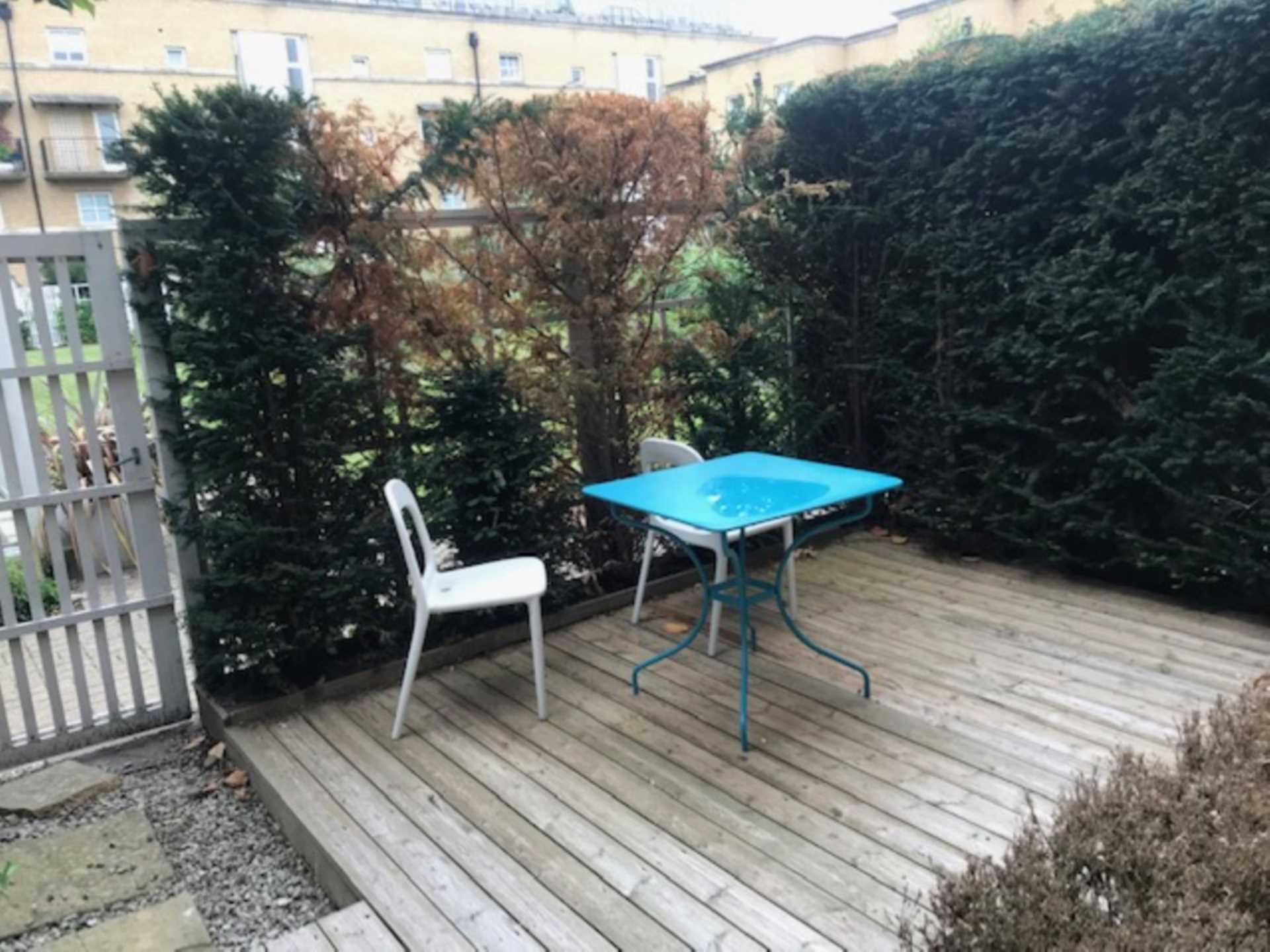 Rotherhithe Rental Property L2L78-334