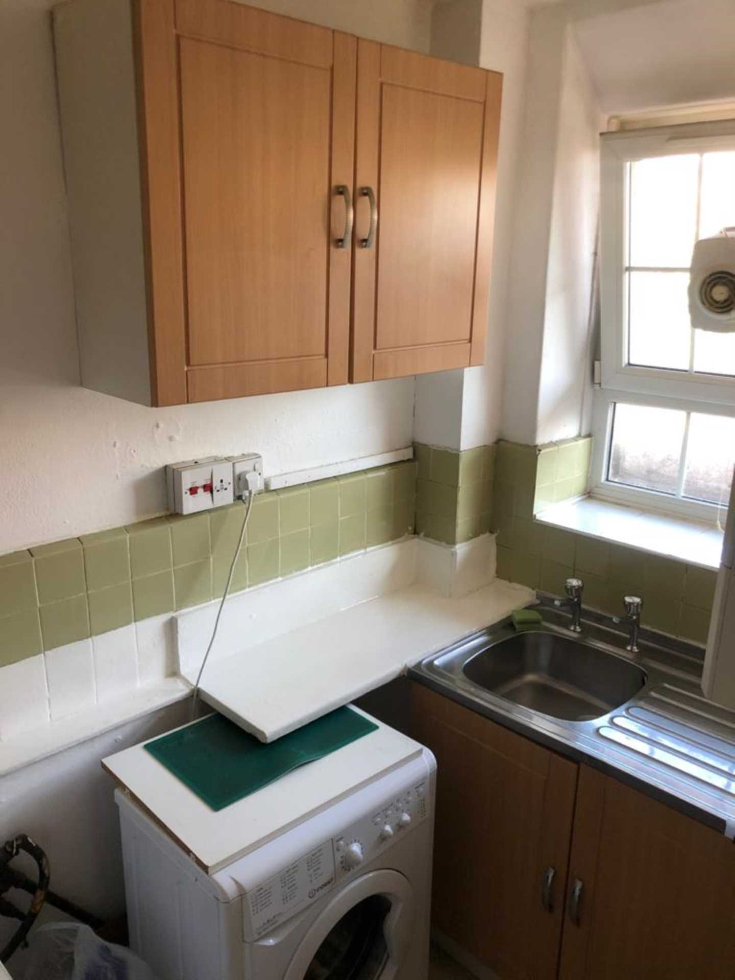 Property To Rent In London L2L78-411