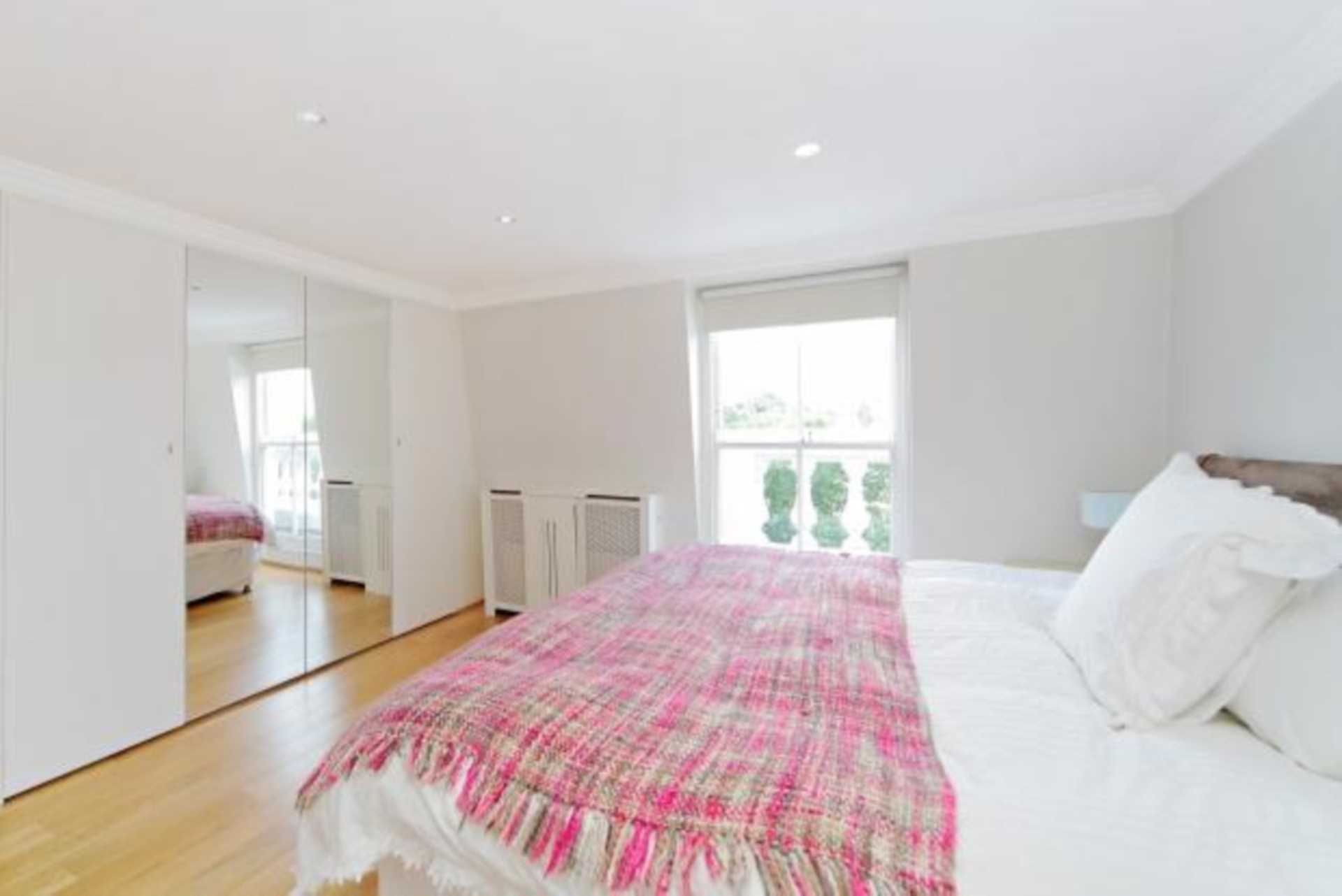 Flats And Apartments To Rent In London L2L82-1078