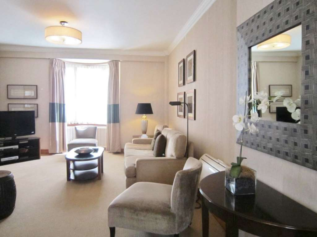 Property To Rent In London L2L82-488