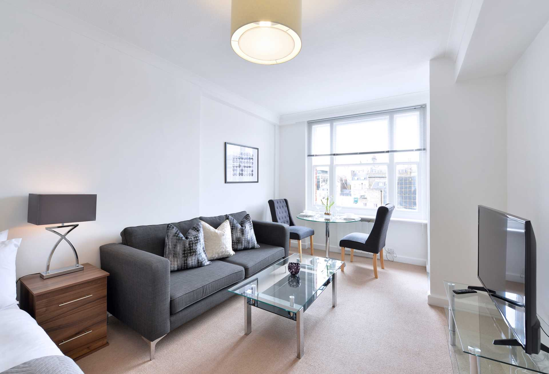 Property To Rent In London L2L82-1079