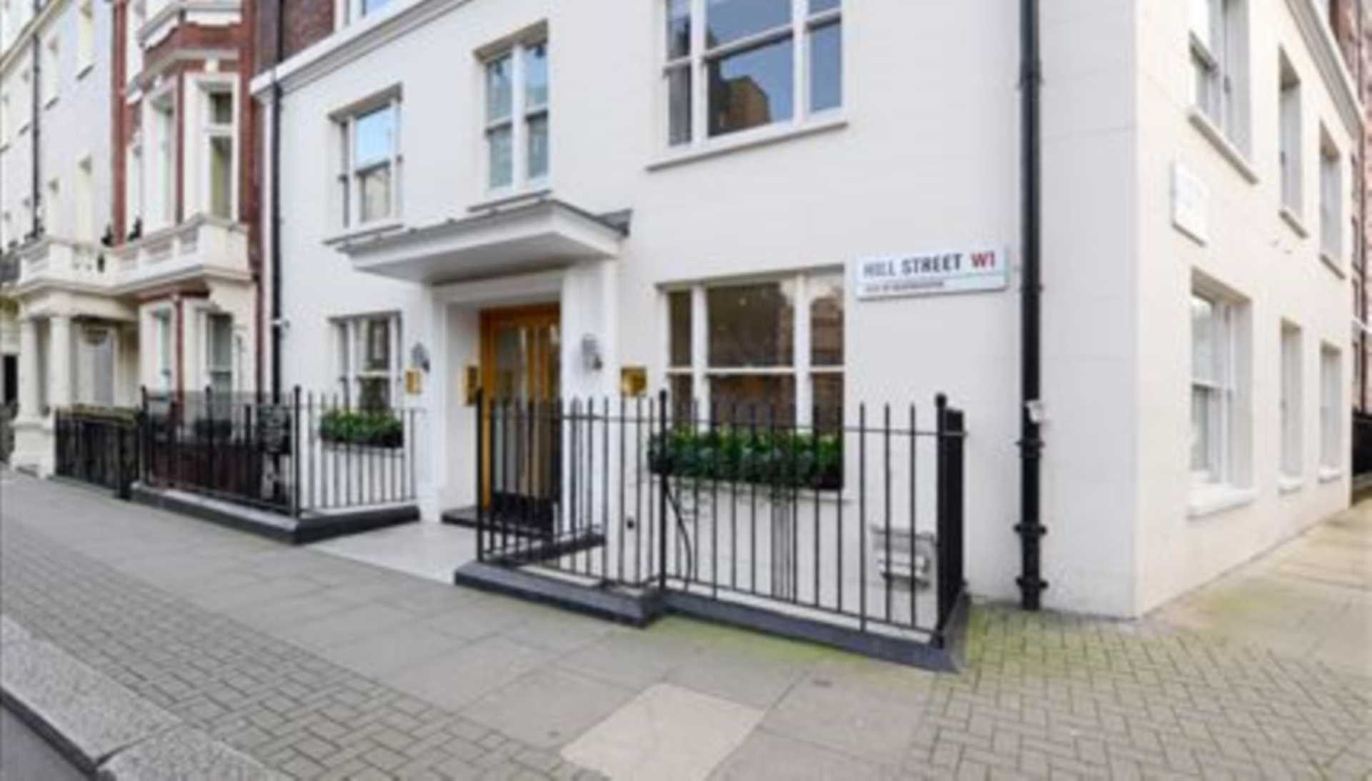 Flats And Apartments To Rent In London L2L82-1079