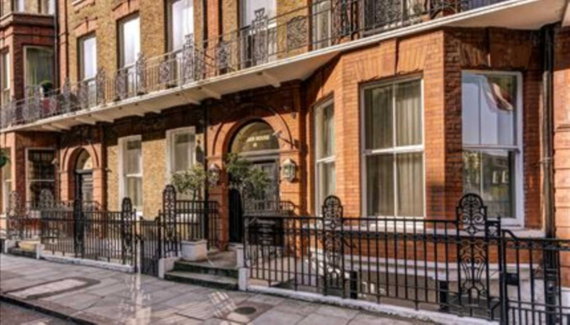 Flats And Apartments To Rent In Fitzrovia L2L82-1088