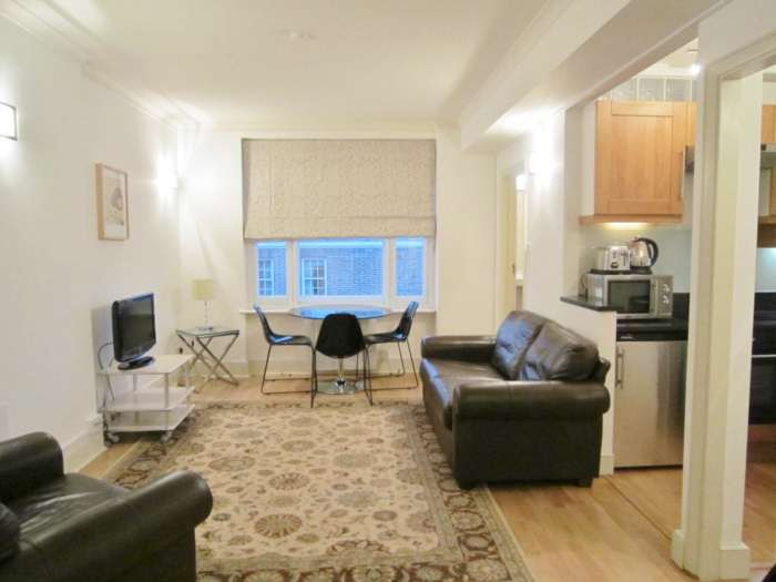 Property To Rent In London L2L82-1063