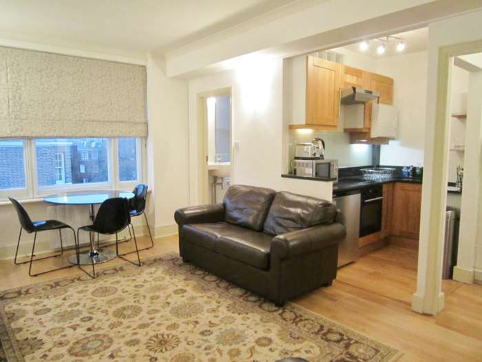 Flats And Apartments To Rent In London L2L82-1063