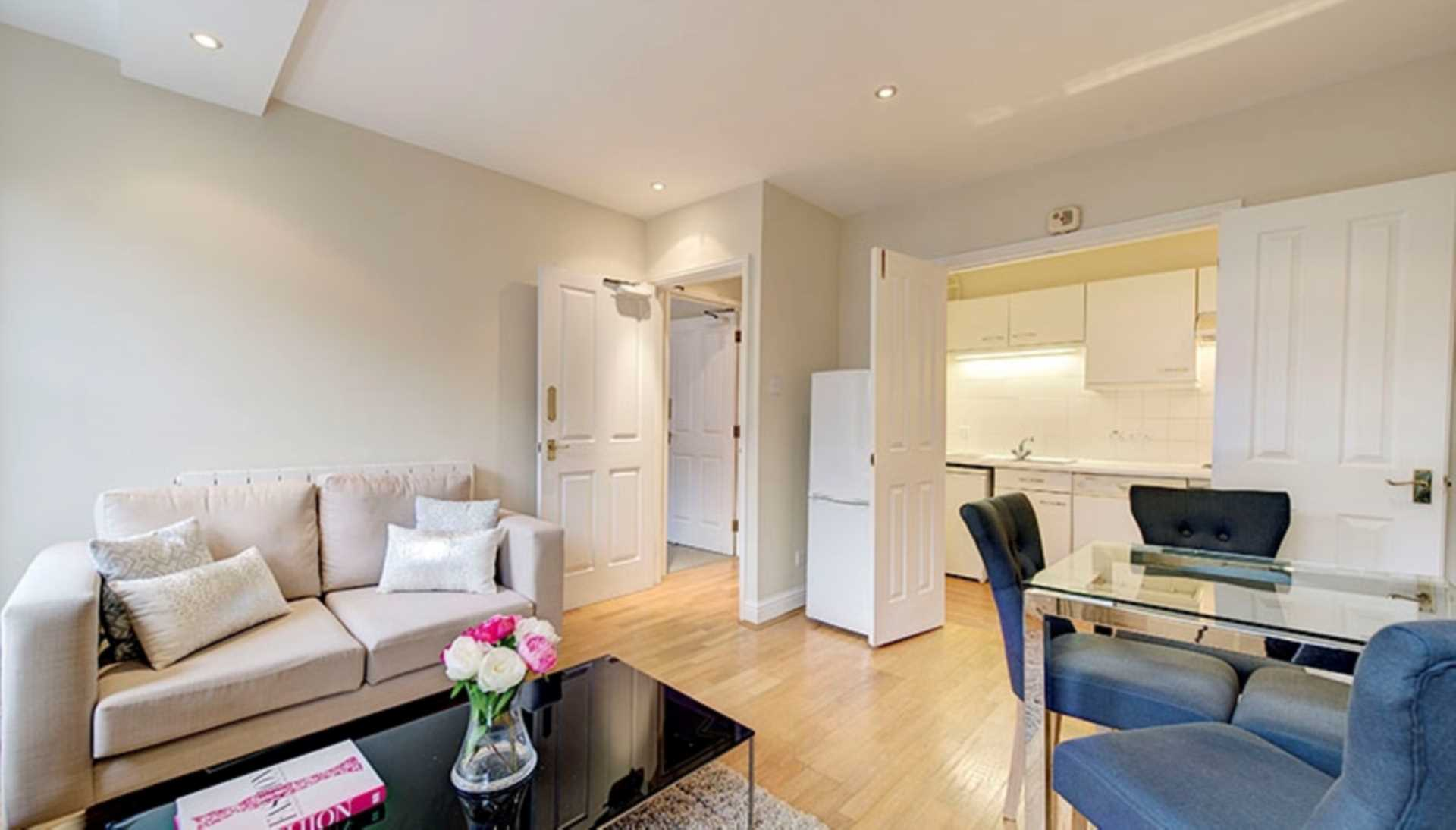 Property To Rent In London L2L82-1066