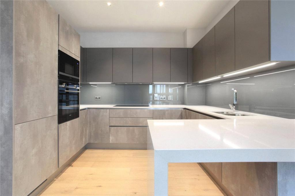 Flats And Apartments To Rent In London L2L8294-272