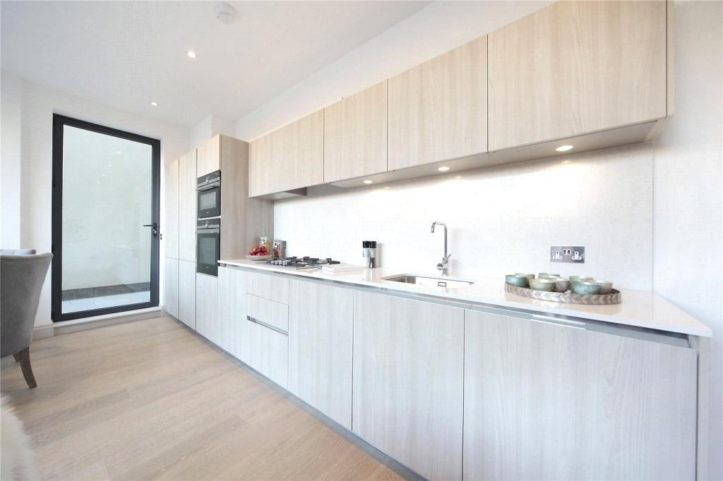 Flats And Apartments To Rent In London L2L8294-239