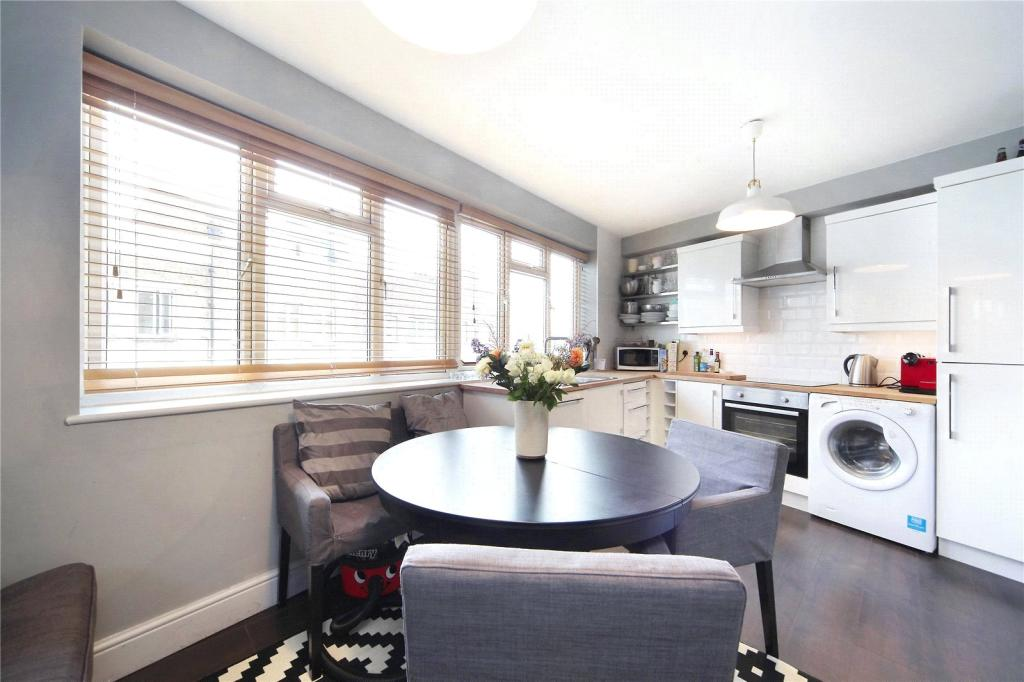 Property To Rent In London L2L8294-793