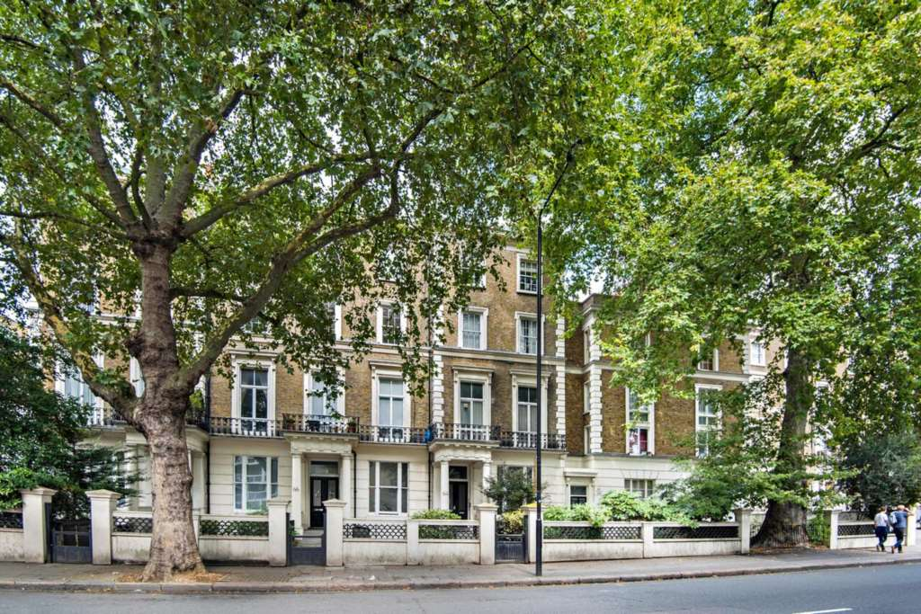 Property To Rent In London L2L84-534