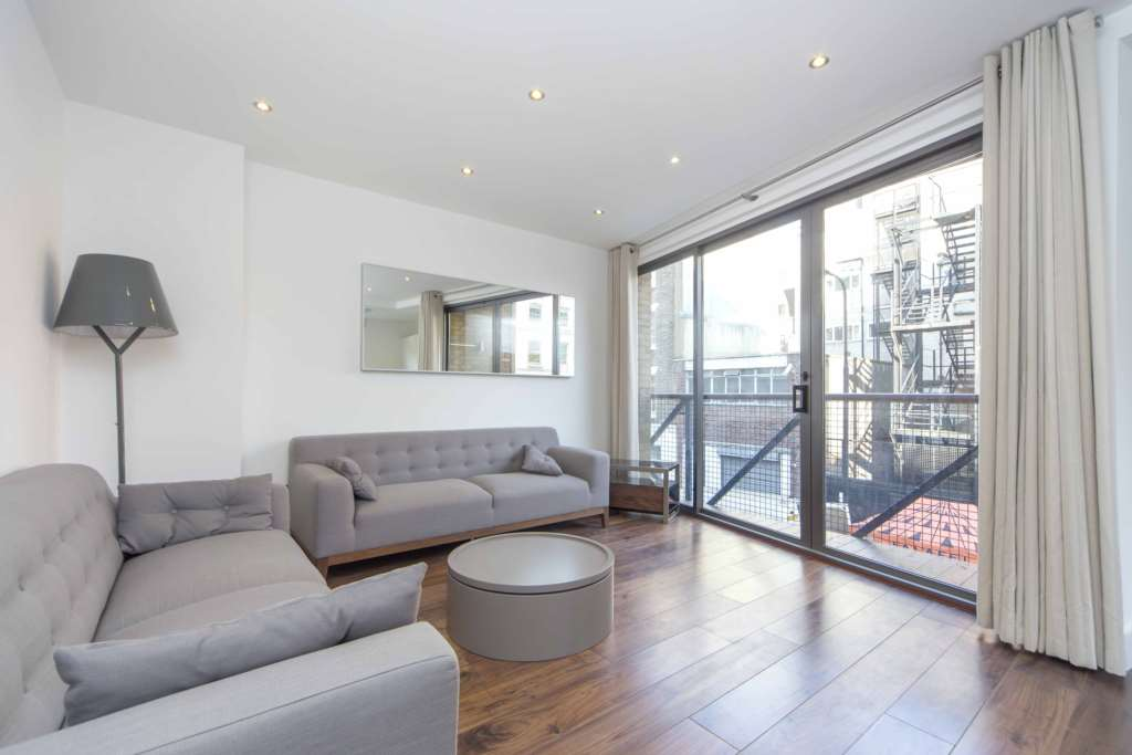 Property To Rent In London L2L84-675