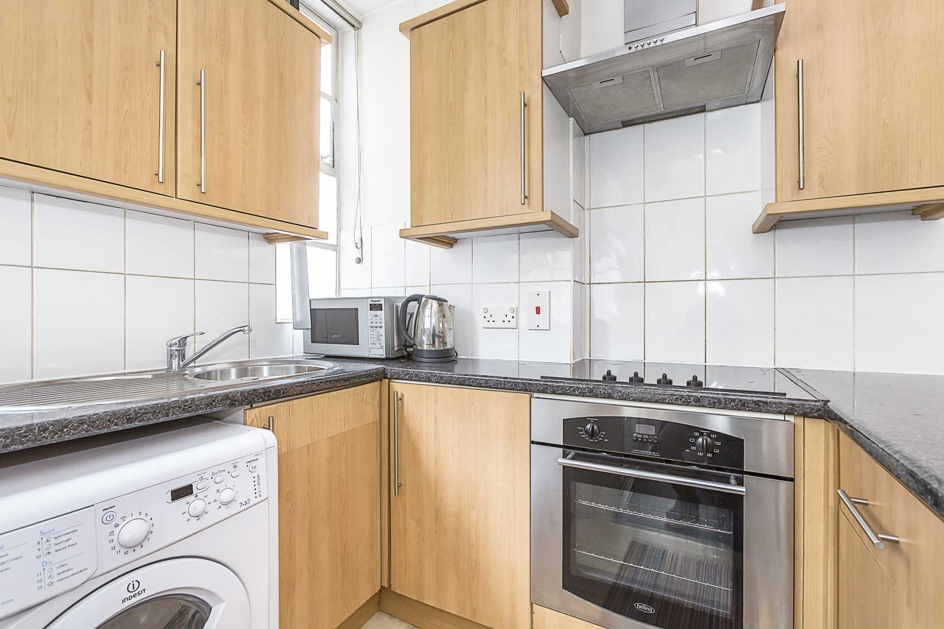 Flats And Apartments To Rent In London L2L87-1018