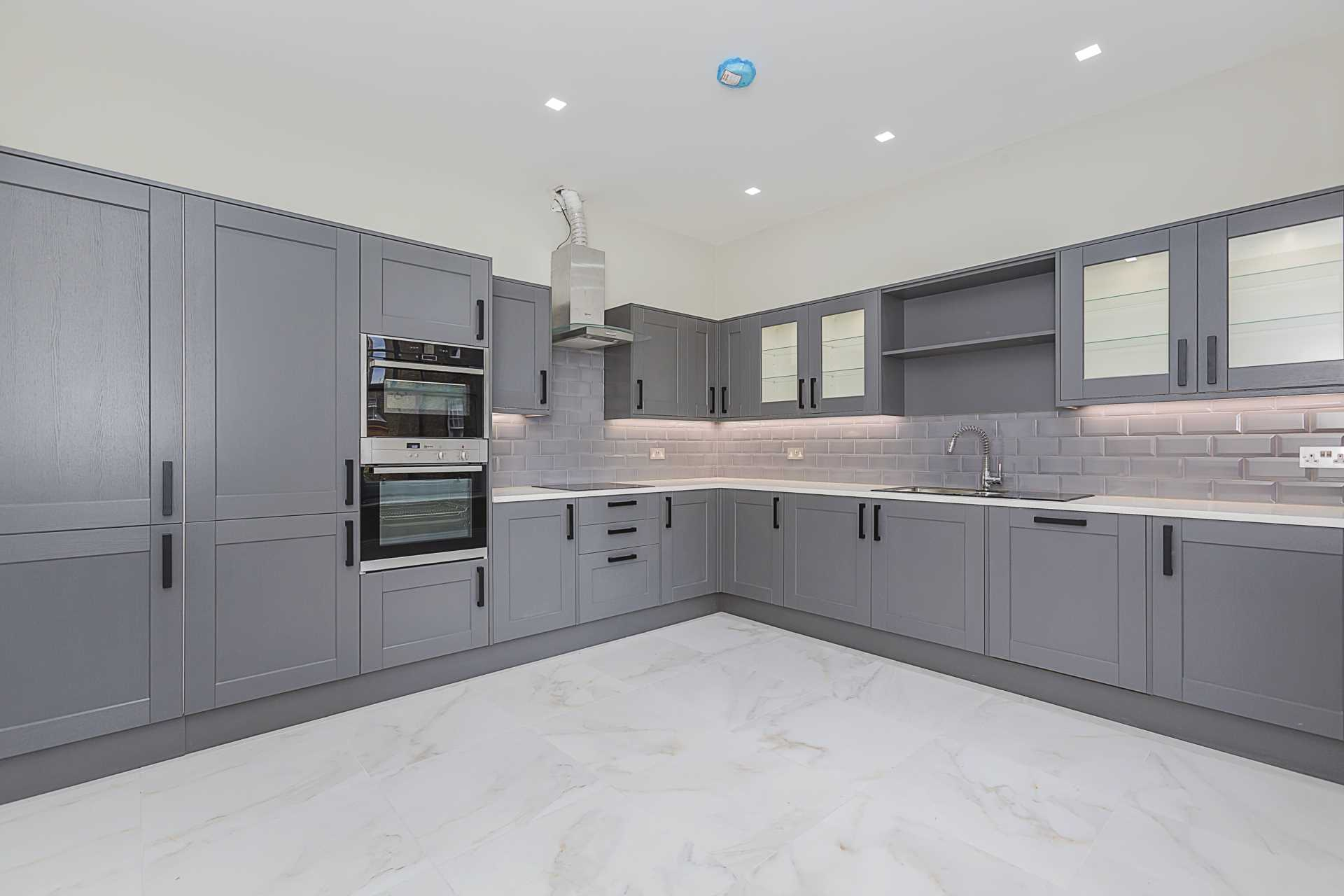Flats And Apartments To Rent In South Kensington L2L87-1060