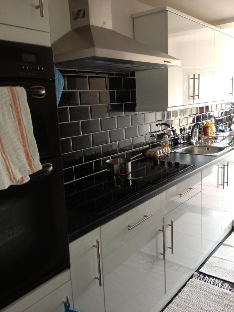 Flats And Apartments To Rent In London L2L9030-102