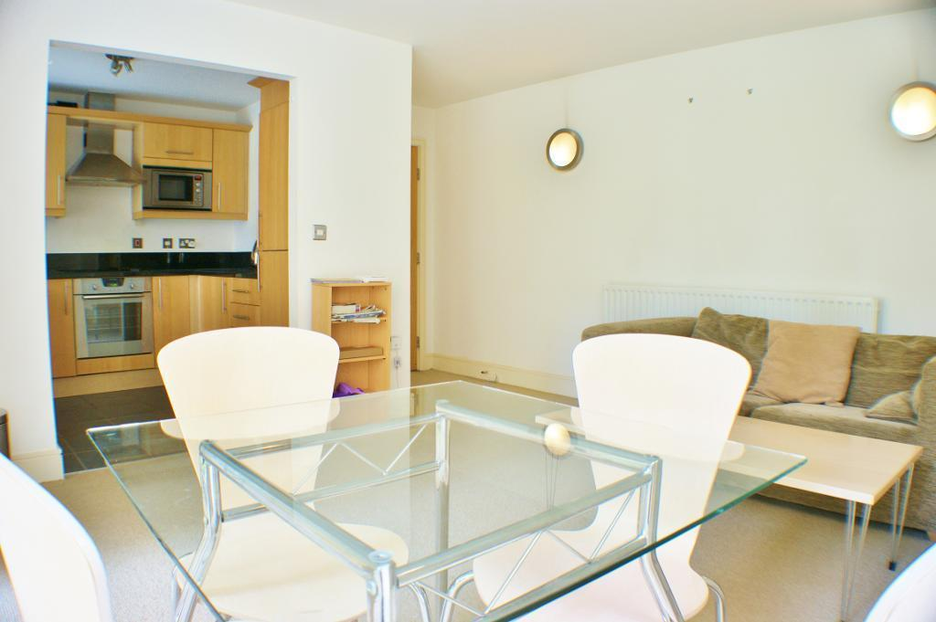 Flats And Apartments To Rent In London L2L9034-161