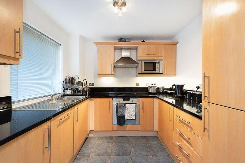 Flats And Apartments To Rent In Canary Wharf L2L9034-161