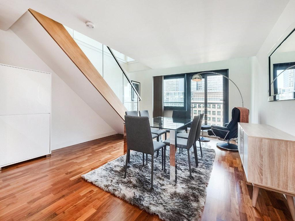 Flats And Apartments To Rent In Canary Wharf L2L9034-774