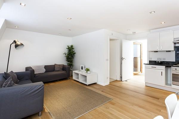 Flats And Apartments To Rent In London L2L9034-1043