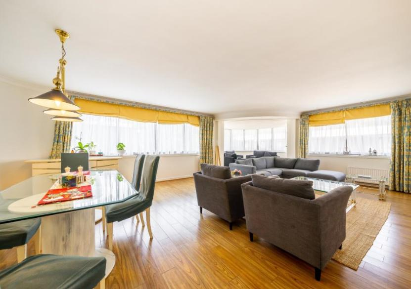 Property To Rent In London L2L9034-1122