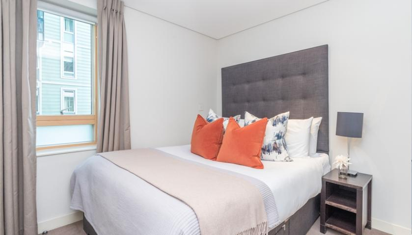 Flats And Apartments To Rent In London L2L9034-1134
