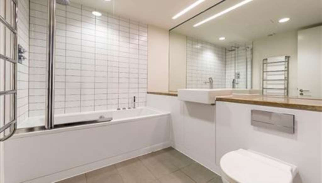 Flats And Apartments To Rent In London L2L92-12142