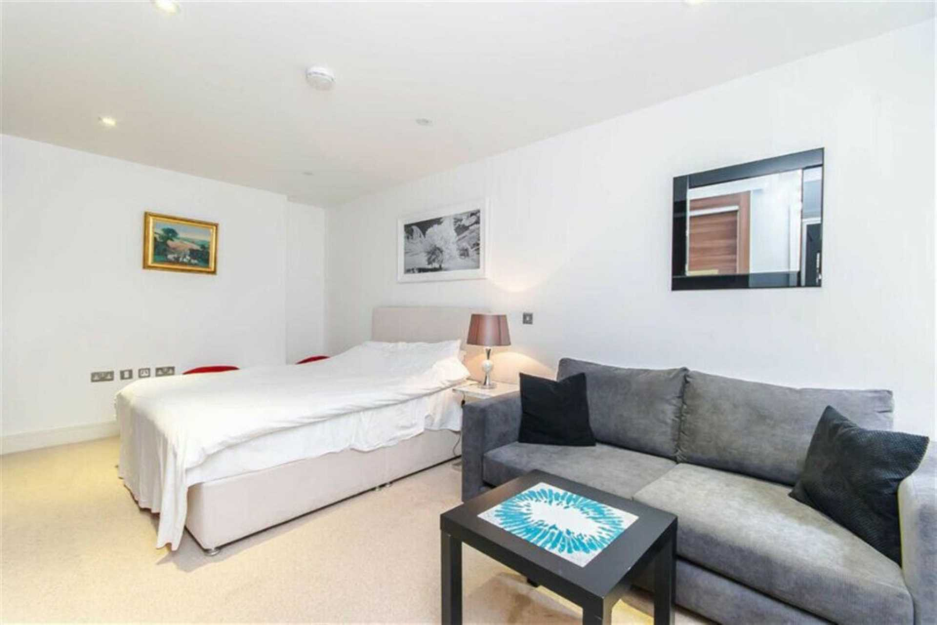 Flats And Apartments To Rent In Fitzrovia L2L92-12314