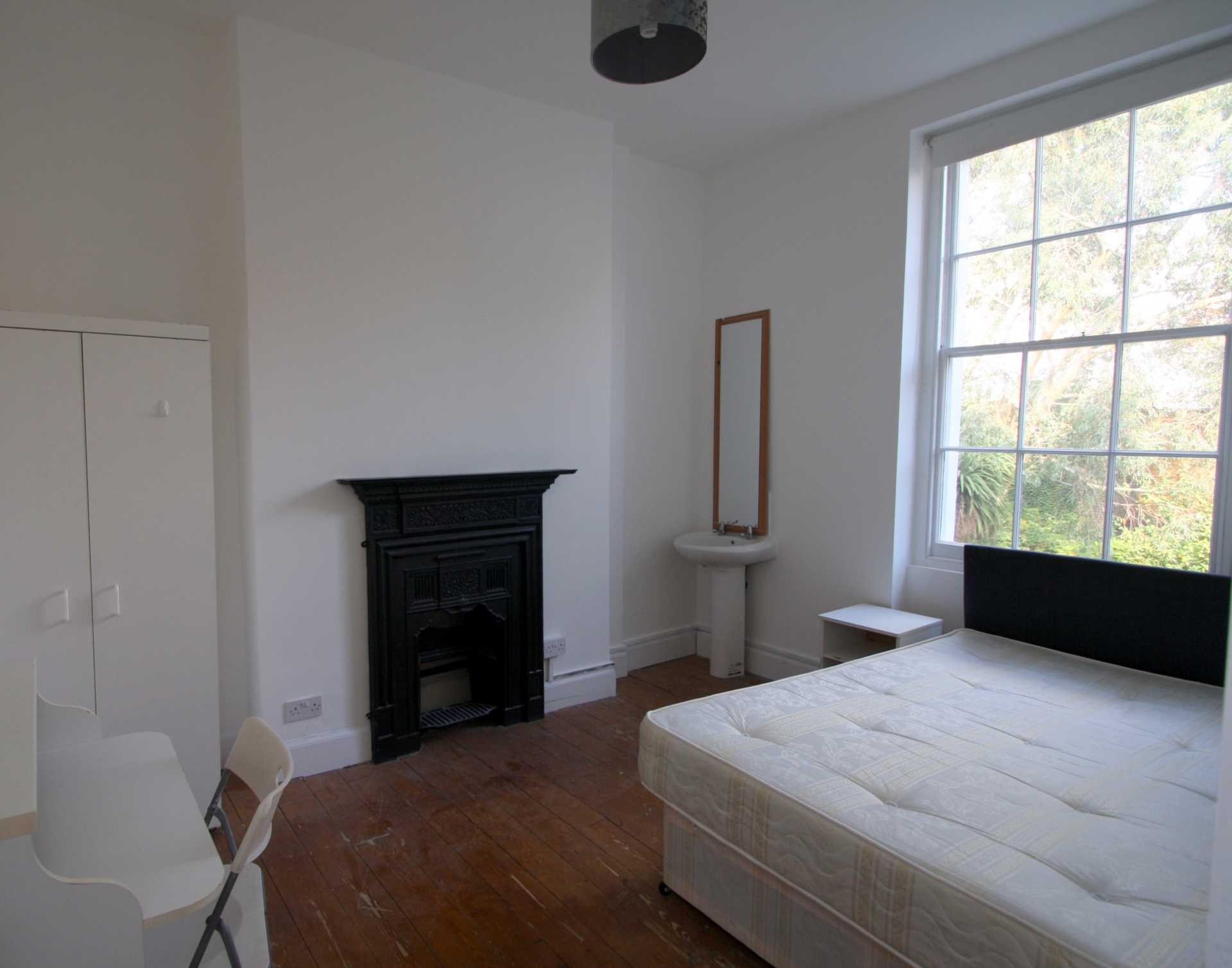 Flatshare To Rent In Camden Town L2L92-12380