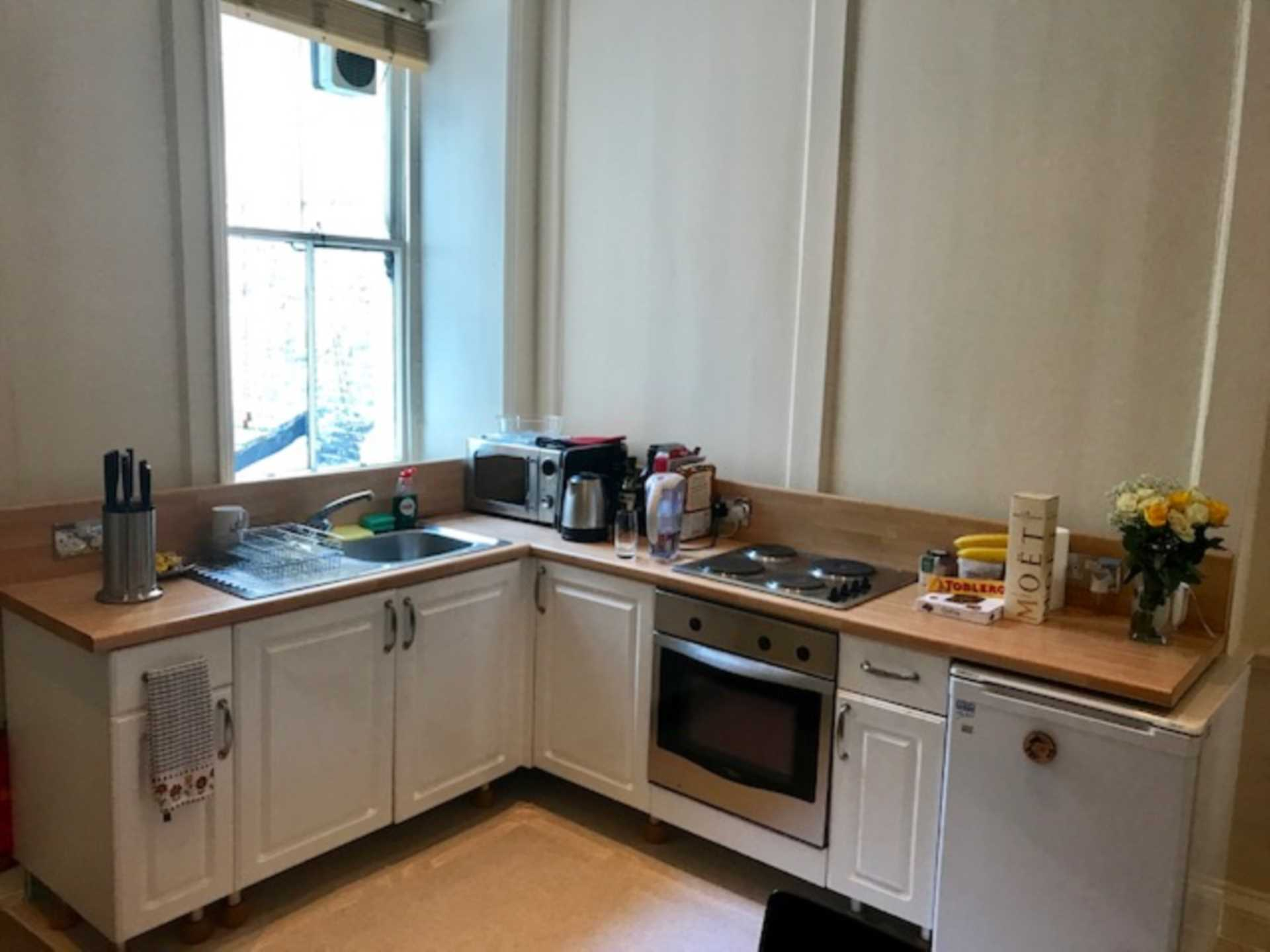 Flats And Apartments To Rent In London L2L92-12420