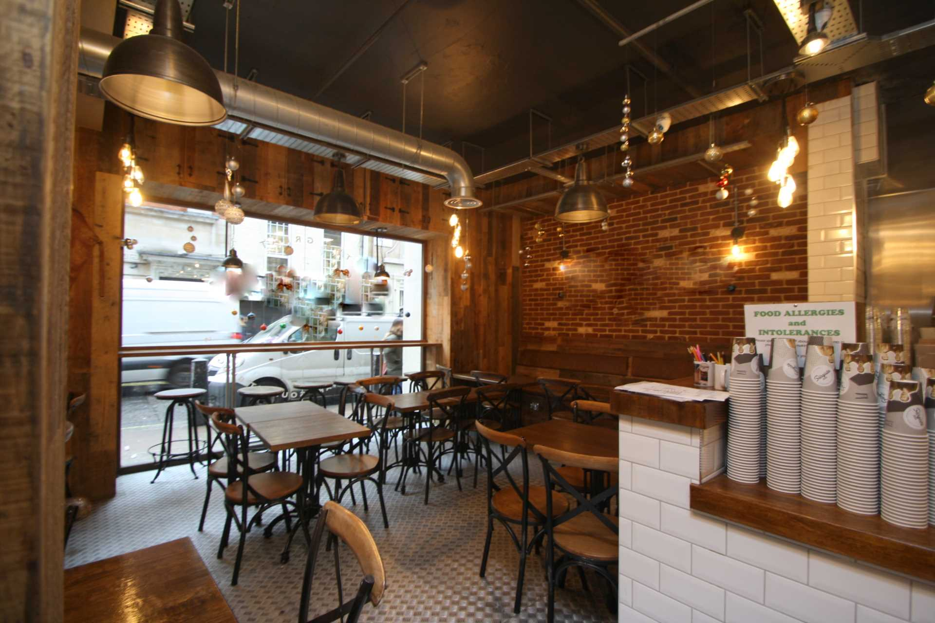 Commercial Property To Rent In Piccadilly L2L92-12474