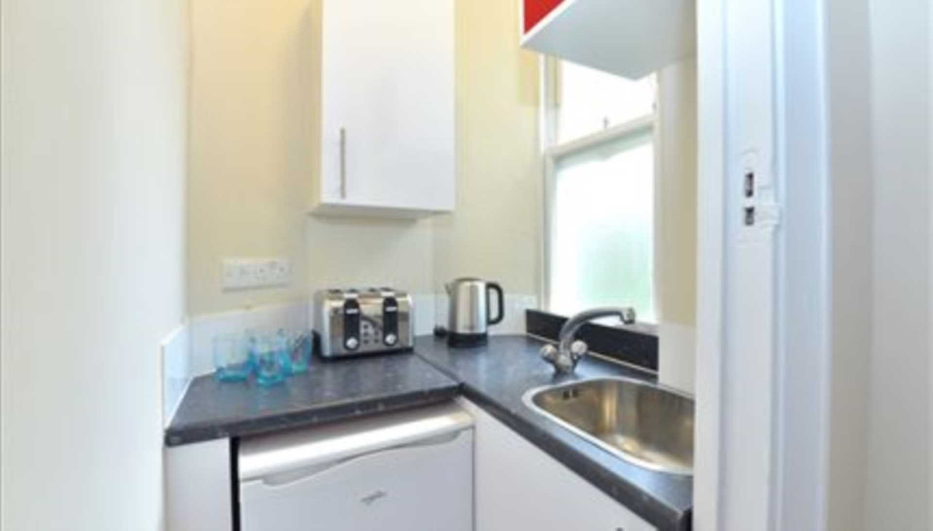 Flats And Apartments To Rent In Mayfair L2L92-12496