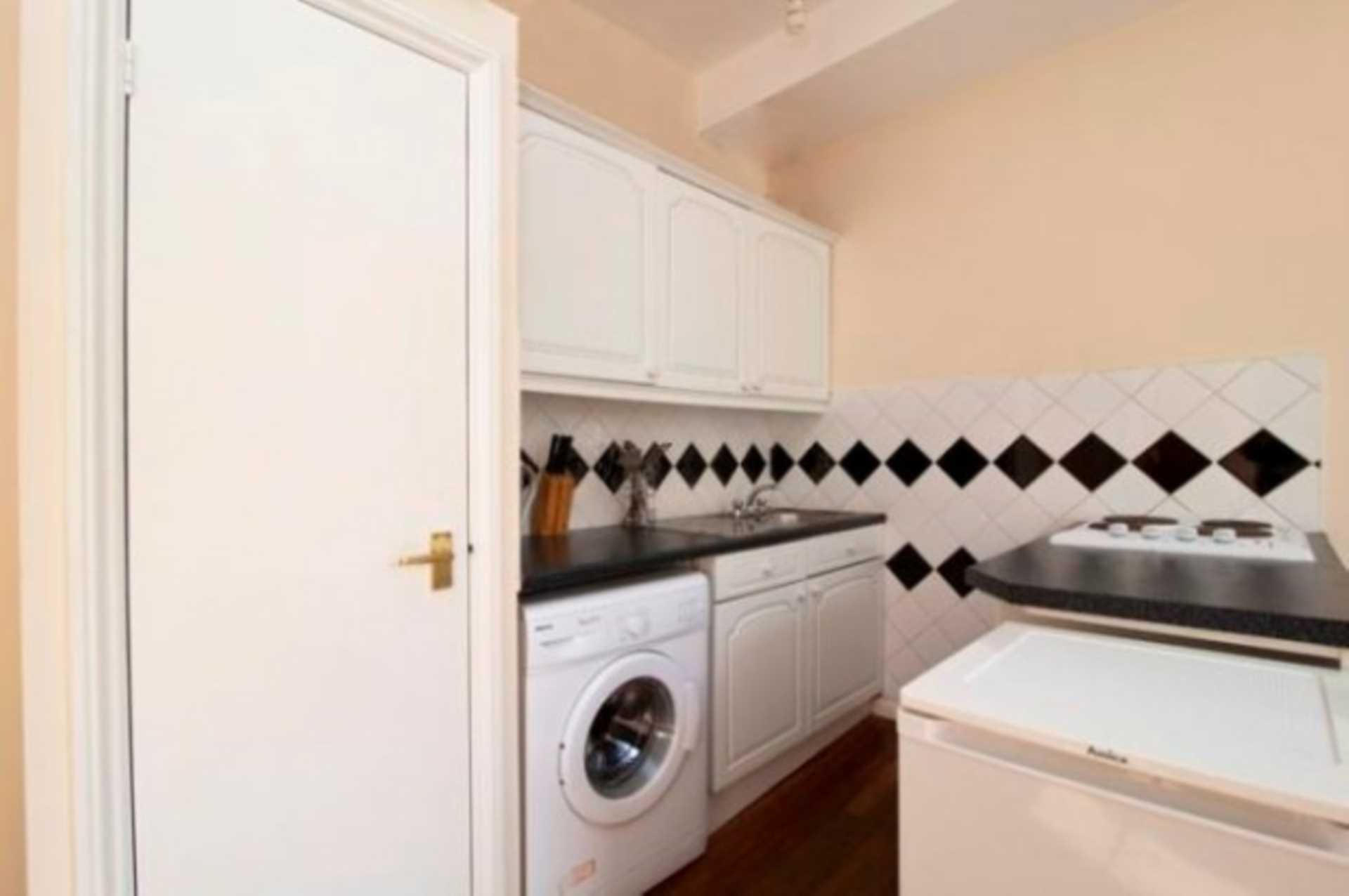 Flats And Apartments To Rent In Bayswater L2L92-12518