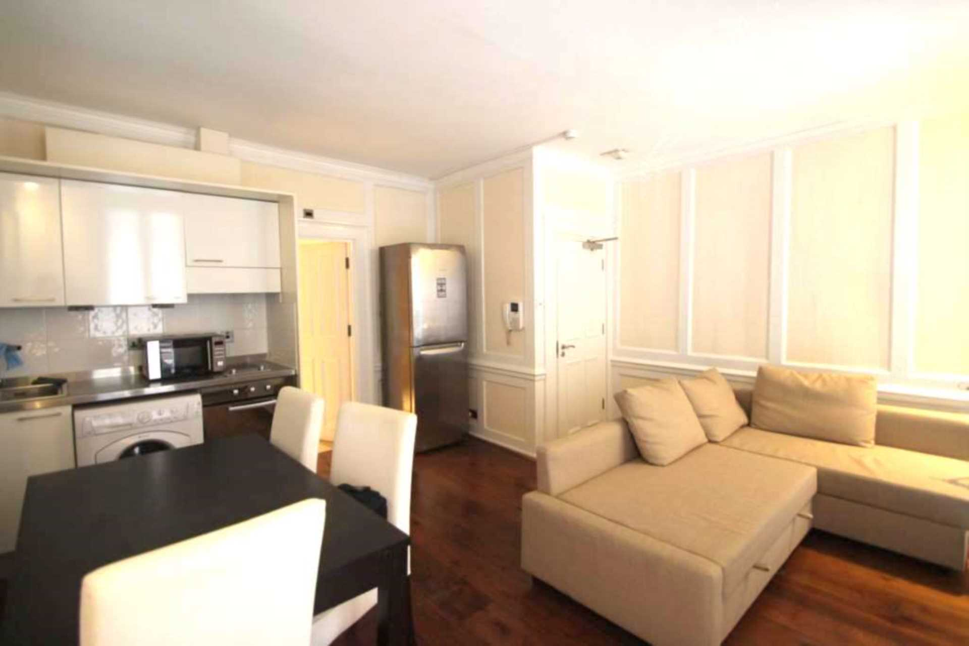 Property To Rent In London L2L92-12529