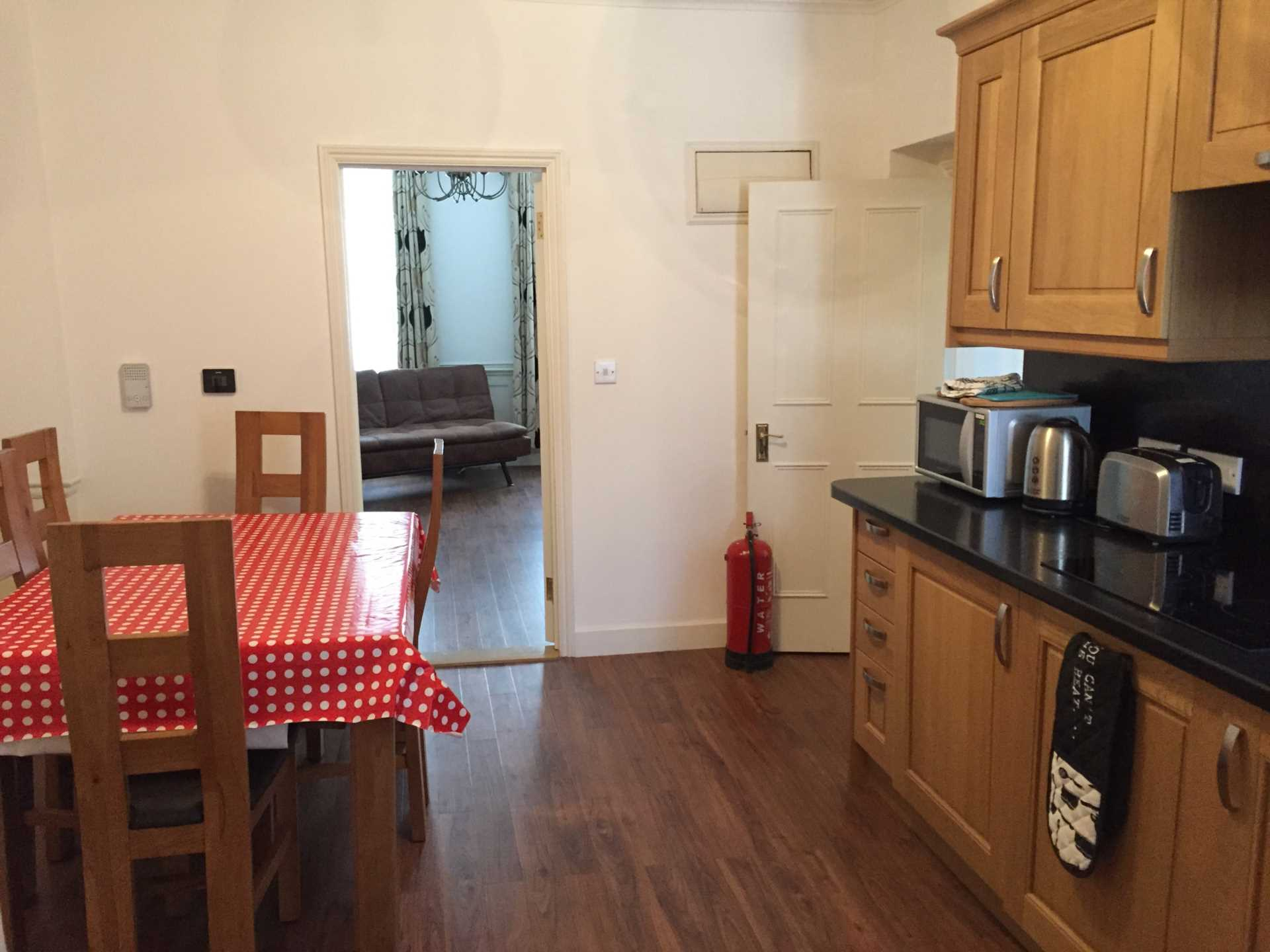 Flats And Apartments To Rent In Soho L2L92-12530
