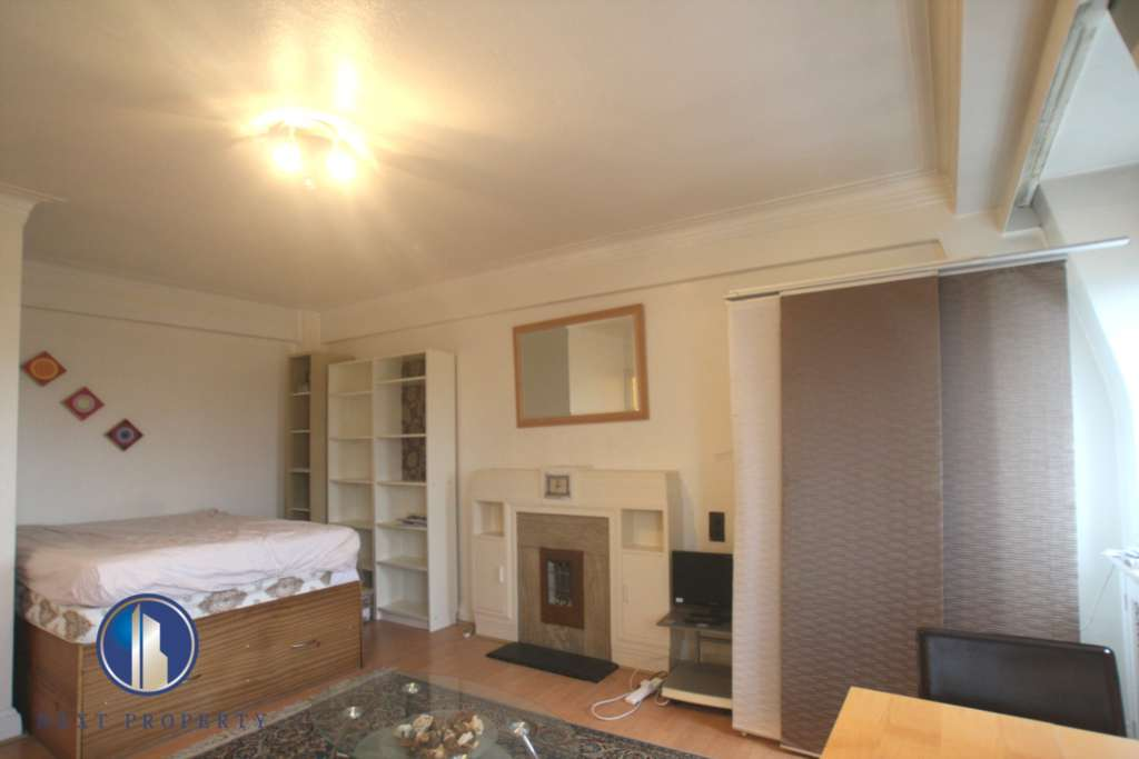 Student To Rent In London L2L92-14565