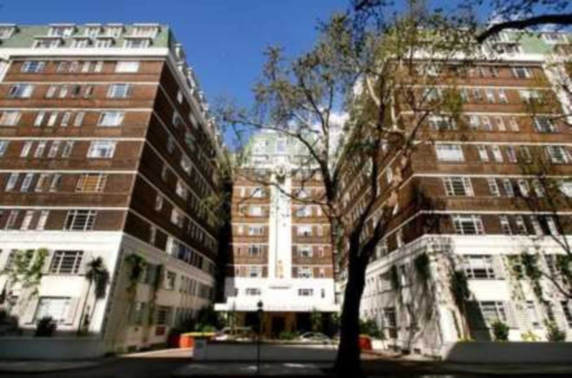 Property To Rent In London L2L92-16446